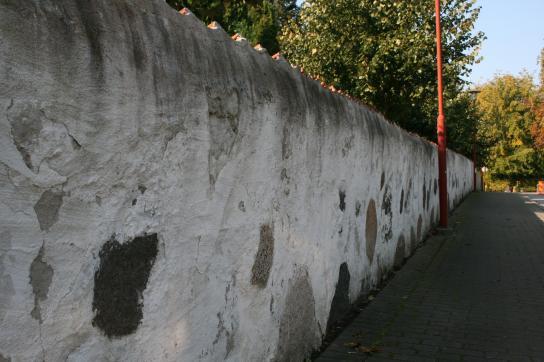Mur mot öst?