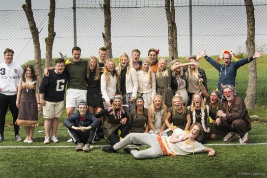 EK3b vann Sundsgymnasiets brännbollsturnering för avgångsklasserna.