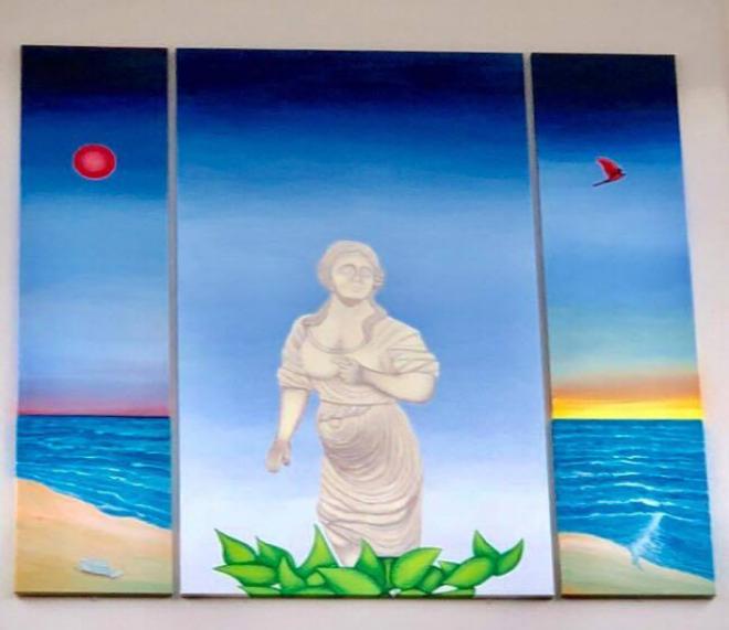"""Nu finns det en avbildning av galjonsfiguren """"Den vita damen"""" på Sundsgymnasiet bibliotek."""